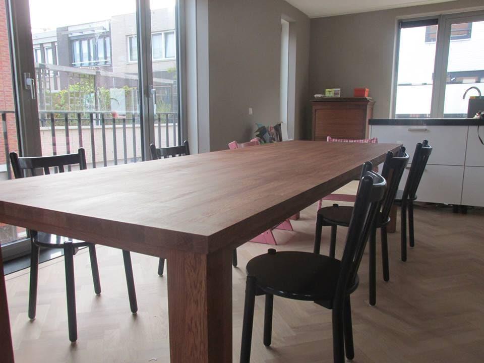 Eiken tafel van 3 meter